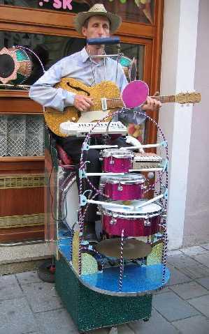 one-man_band